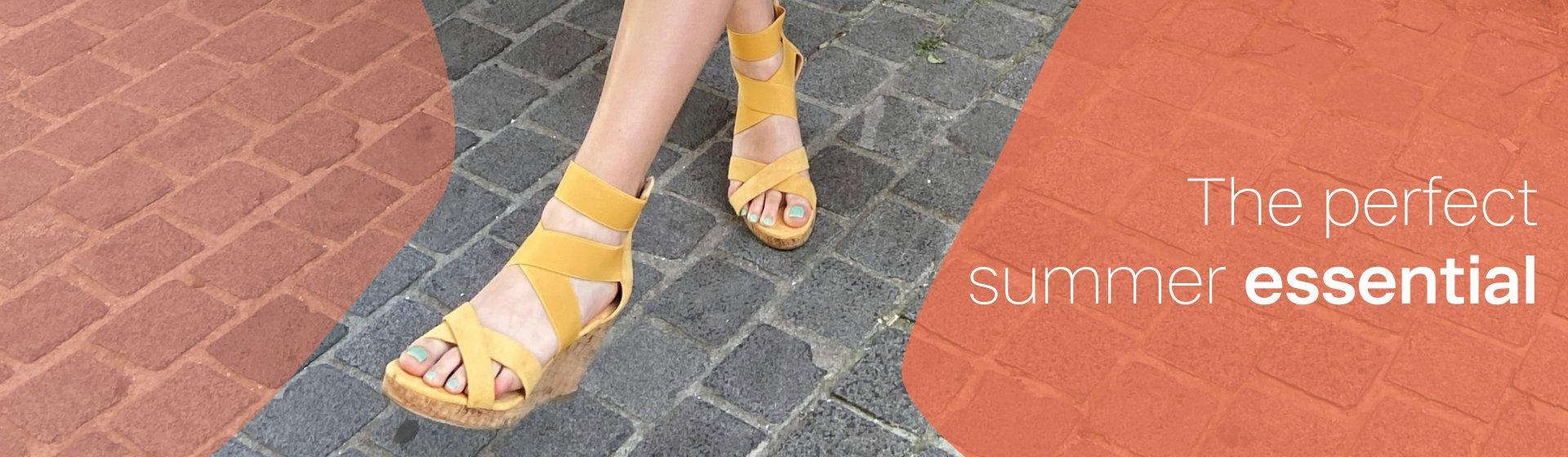 banner gele sandalen graceland