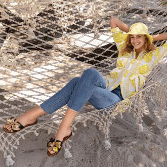 Graceland slippers model